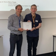 Prof. Stephan ten Brink and Tim Schneider, one of the five award winners
